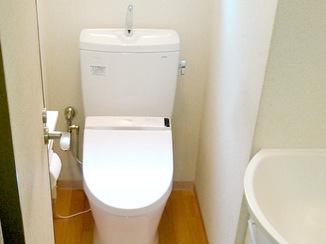 内装リフォーム お手頃価格でトイレと洗面台を一新